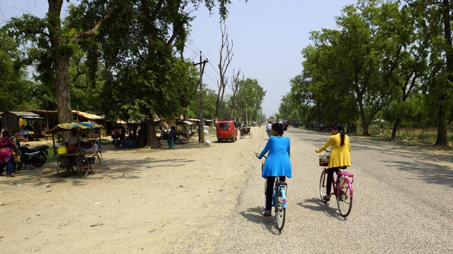 Dievčatá na bicykloch