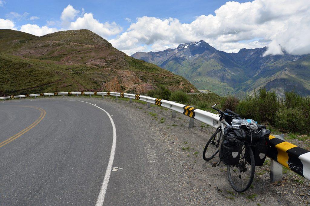 Na bicykli Cordillera Blanca